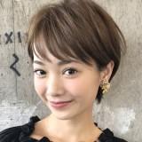 ☆オリジナルのカットで作るエアリーなショートスタイル☆ 直毛の方でも大丈夫です!!