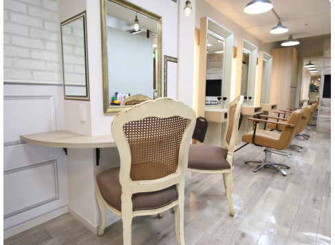 美容室 CINQ ドリームプラザ店