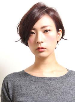 クールフレンチショート(髪型ショートヘア)