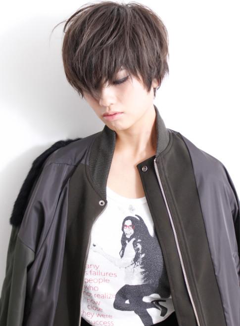 大人クールエッジィショート(髪型ショートヘア)
