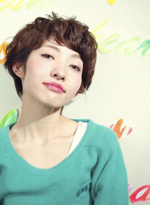 【DECO】カールマッシュベリーショート(髪型ショートヘア)