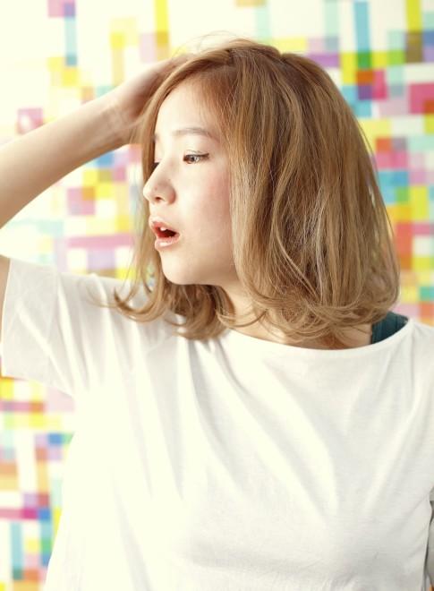 【DECO】HAPPYハイトーンミディ☆(髪型ミディアム)