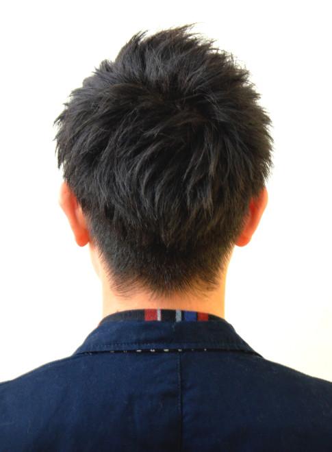 人気の大人ツーブロックショート(髪型メンズ)