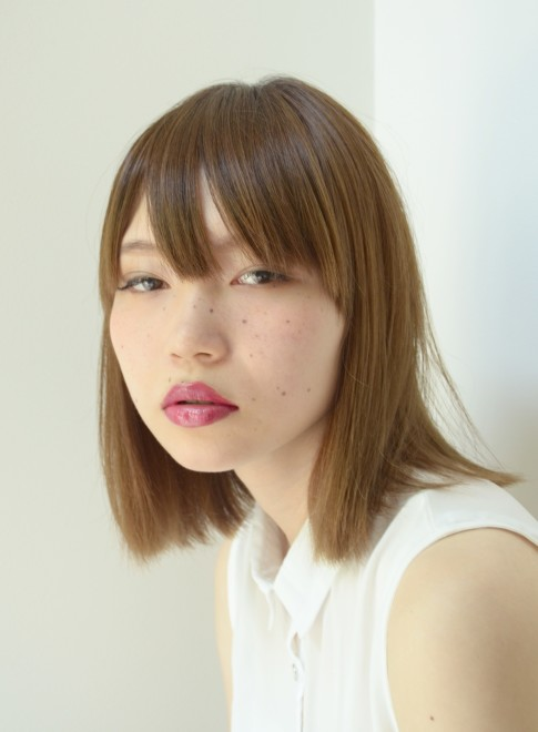 【DECO】ナチュラルストレートボブ(髪型ミディアム)