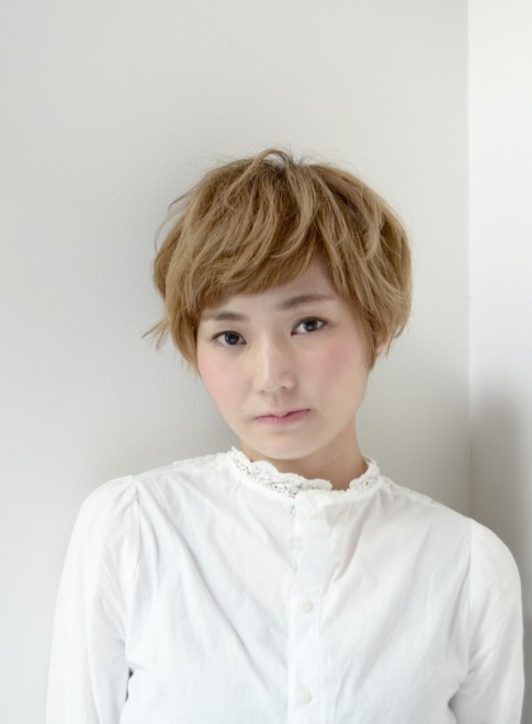 【DECO 】クラシカルショートボブ(髪型ショートヘア)