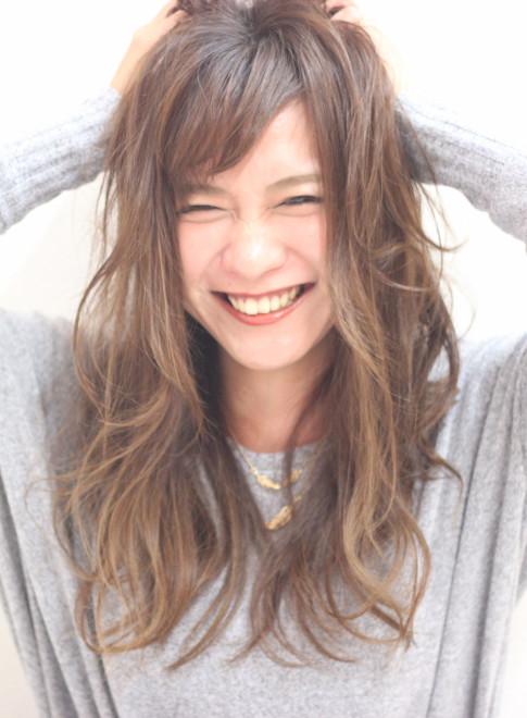 フェザーカール(髪型ロング)