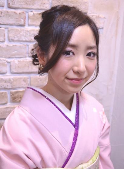 和装にも洋装にも合うアップスタイル(髪型ロング)