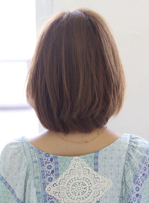 艶のあるカラー・大人の可愛いボブスタイル(髪型ミディアム)