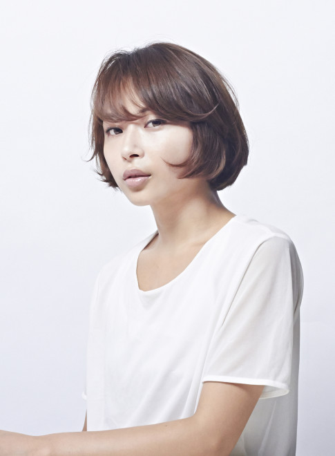 柔らかい質感の大人ショートボブ(髪型ショートヘア)