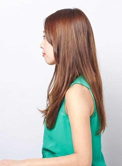 ナチュラルな大人のロングスタイル(髪型ロング)