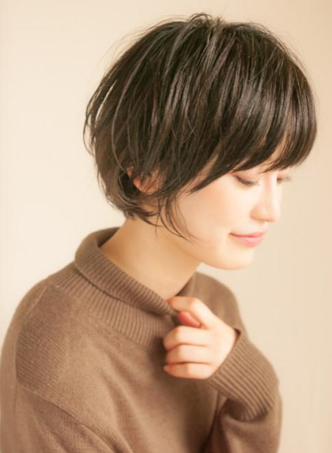 黒髪ニュアンスパーマショートボブ(髪型ショートヘア)