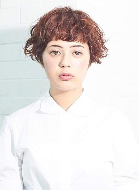 オトナの外国人風パーマショートボブ(髪型ショートヘア)