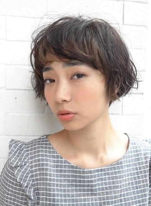 大人のエアリーパーマ(髪型ショートヘア)