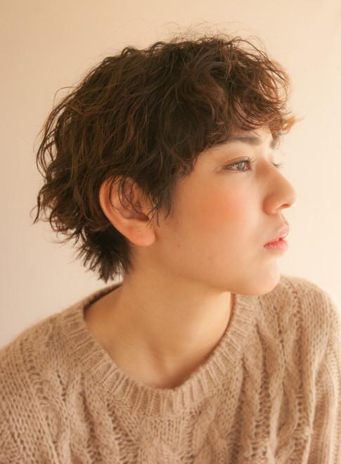 大人のシンプルパーマショート(髪型ショートヘア)