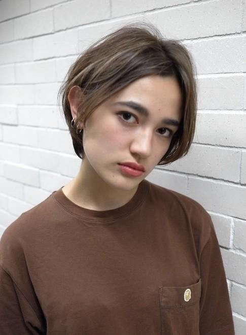 大人のクールボブ(髪型ショートヘア)