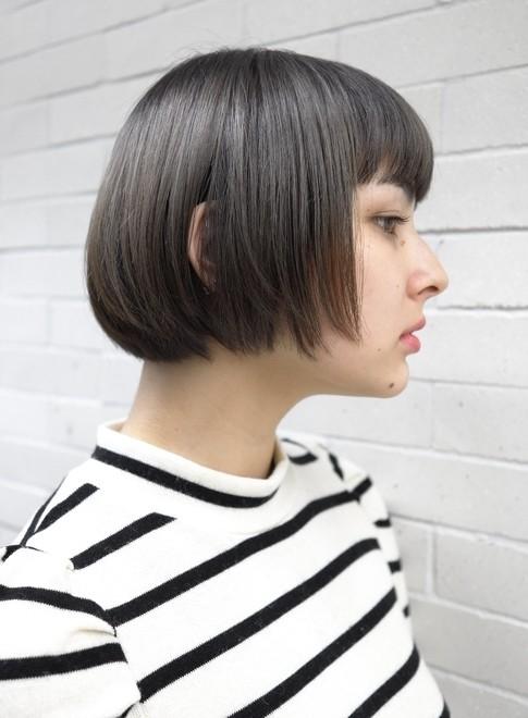 艶のあるカラー・大人のショートボブ(髪型ショートヘア)