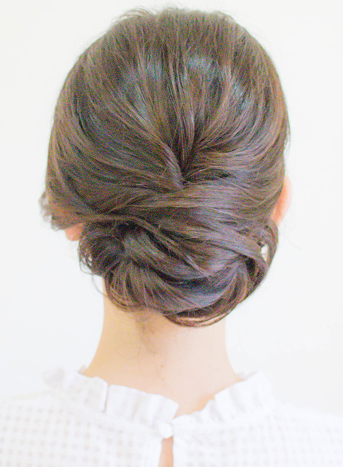 つるっと綺麗めアップ(髪型ミディアム)