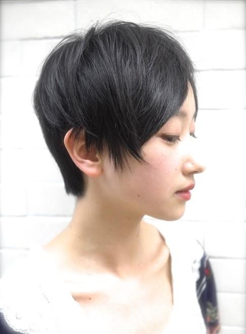 カットでキマるミセススタイル!!(髪型ショートヘア)