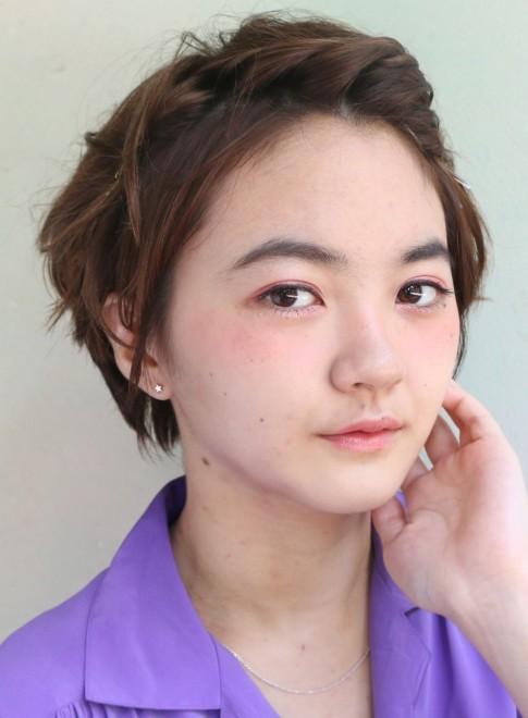 外ハネショート×簡単アレンジ(髪型ショートヘア)