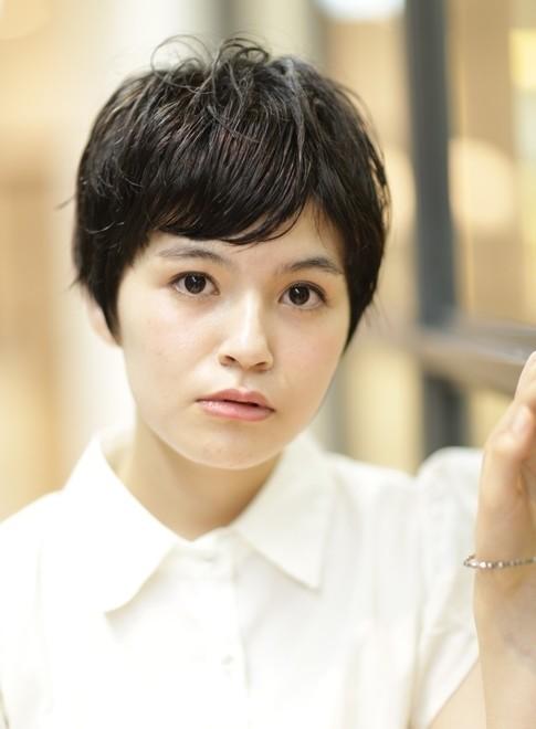 大人のショートボブ・黒田 知永子さん風(髪型ショートヘア)