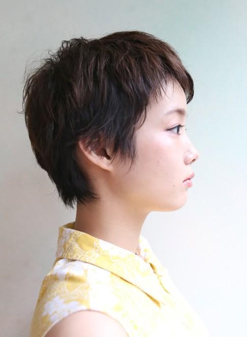 耳出しベリーショート(髪型ショートヘア)