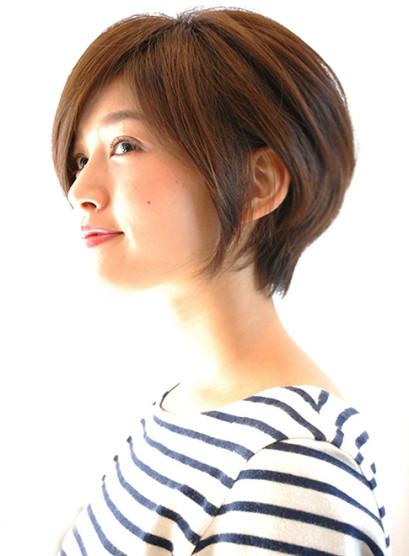 大人女子に人気スタイル(髪型ボブ)