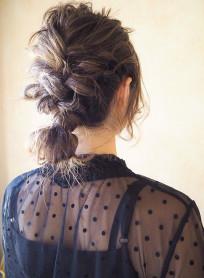 バック編み込みのヘアセット(髪型ロング)