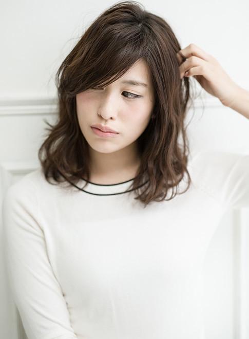 大人女子の為の脱力系ボブディ(髪型ミディアム)