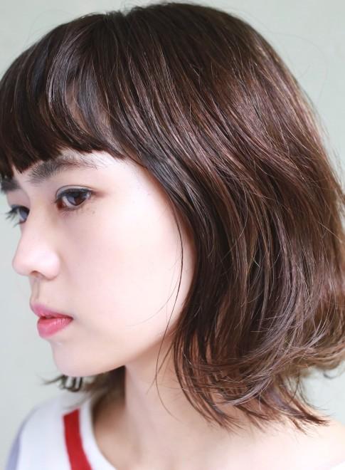 ライトミディ×ショートバング(髪型ミディアム)