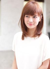 大人の艶髪ミディアムレイヤー(髪型ミディアム)