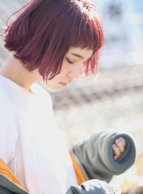 外ハネピンクボブ×ショートバング(髪型ボブ)