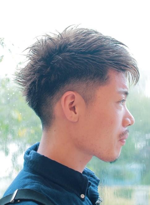 ソフトモヒカングラデーション刈り上げ(髪型メンズ)