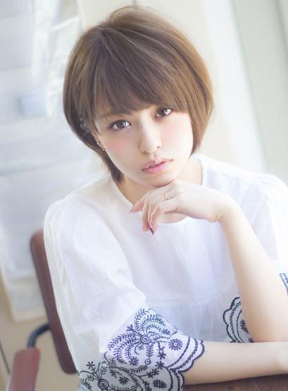 吉瀬美智子さん風大人っぽいショートヘア(髪型ショートヘア)