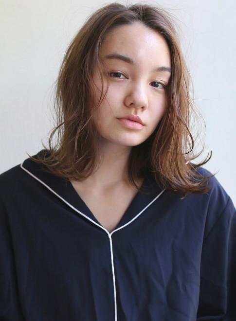 ラフミディ(髪型ミディアム)