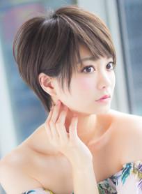 小顔バングのすっきりショートヘア(髪型ショートヘア)
