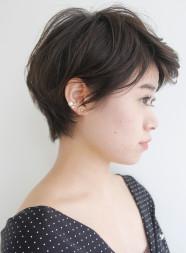 大人のアンニュイパーマショートヘア