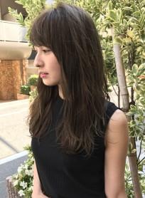 ラフな質感がカワイイ☆ネイビーロング(髪型ロング)