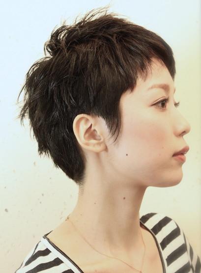 大人黒髪ショート(髪型ベリーショート)