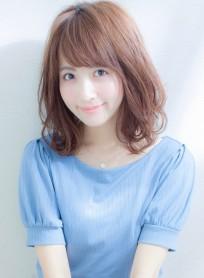 大人かわいいエアリーパーマ(髪型ミディアム)