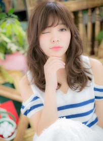 リラクシーロングの★癒し系ガール(髪型ロング)