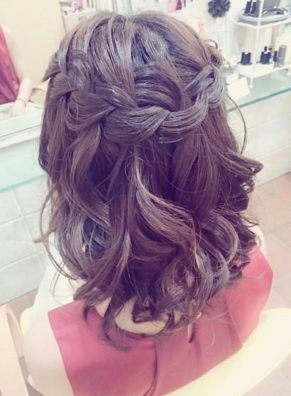 編み込みハーフアップ(髪型ミディアム)