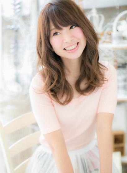 小顔カール(髪型セミロング)