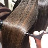 40代・50代からのくせ毛の改善は!髪質改善ストレート