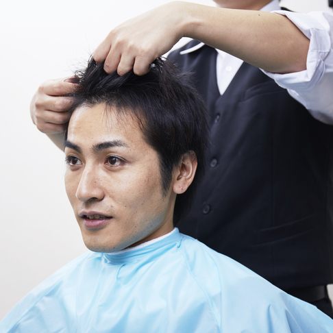 自毛を活かして悩みを解決!髪そのものを太くするメンズ専用トリートメントとは?