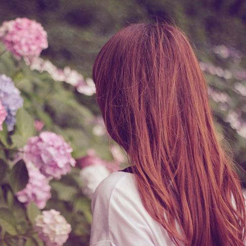 """【湿気で髪が広がる・うねる方必見】梅雨入り前に思わず触れたくなる""""サラツヤ髪""""へ!"""