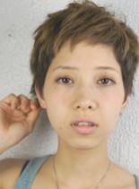 ヌーディーショート(髪型ベリーショート)