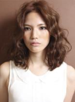 フレンチミディ(髪型ミディアム)