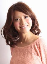 ツヤ揺れミディー(髪型ミディアム)