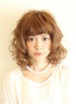 ふんわりナチュラルハードパーマ(髪型ミディアム)