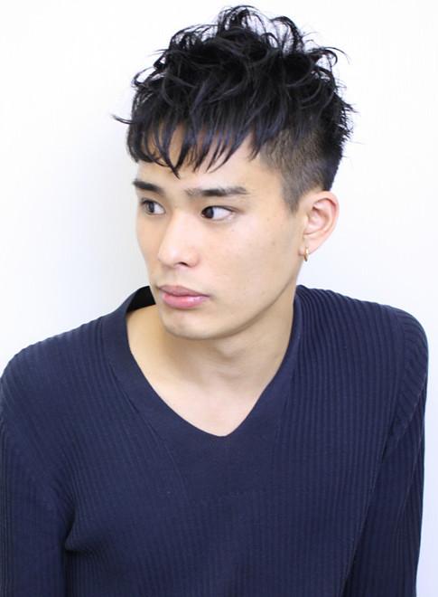 黒髪 刈り上げ メンズヘアスタイル(ビューティーナビ)